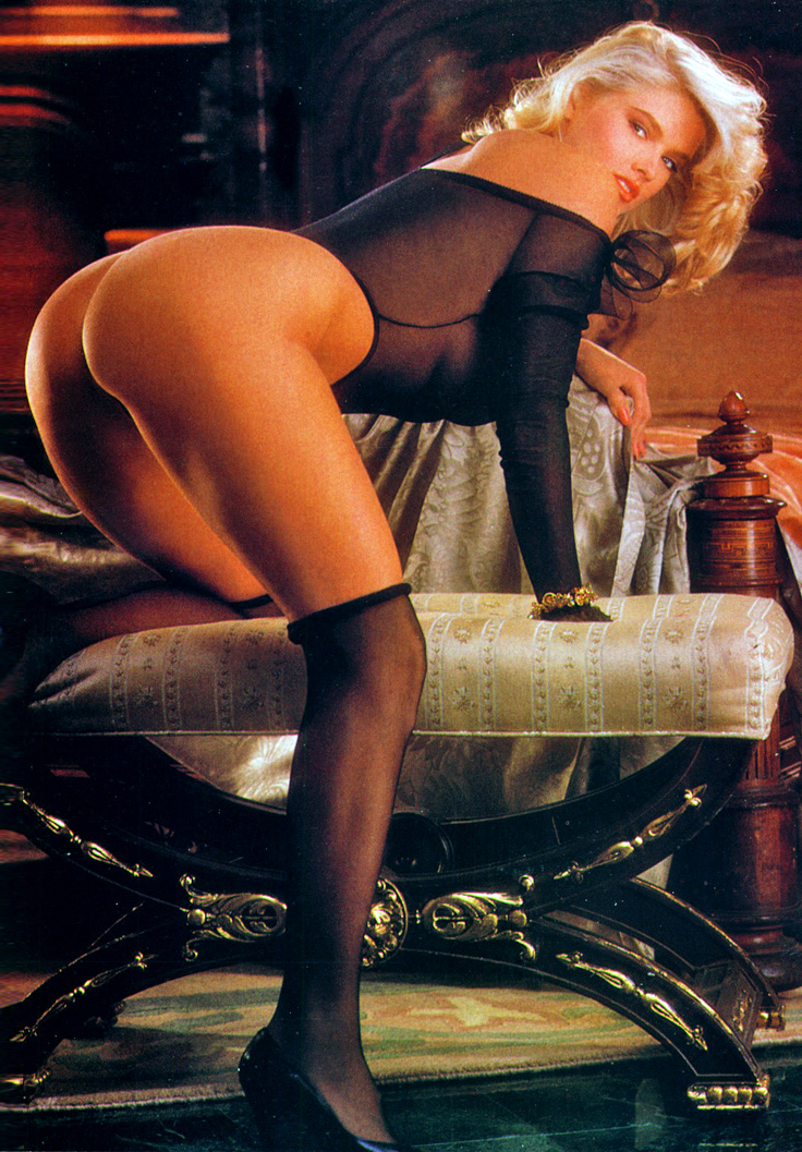 Anna Nicole Smith 19 Playboy 1992.jpg