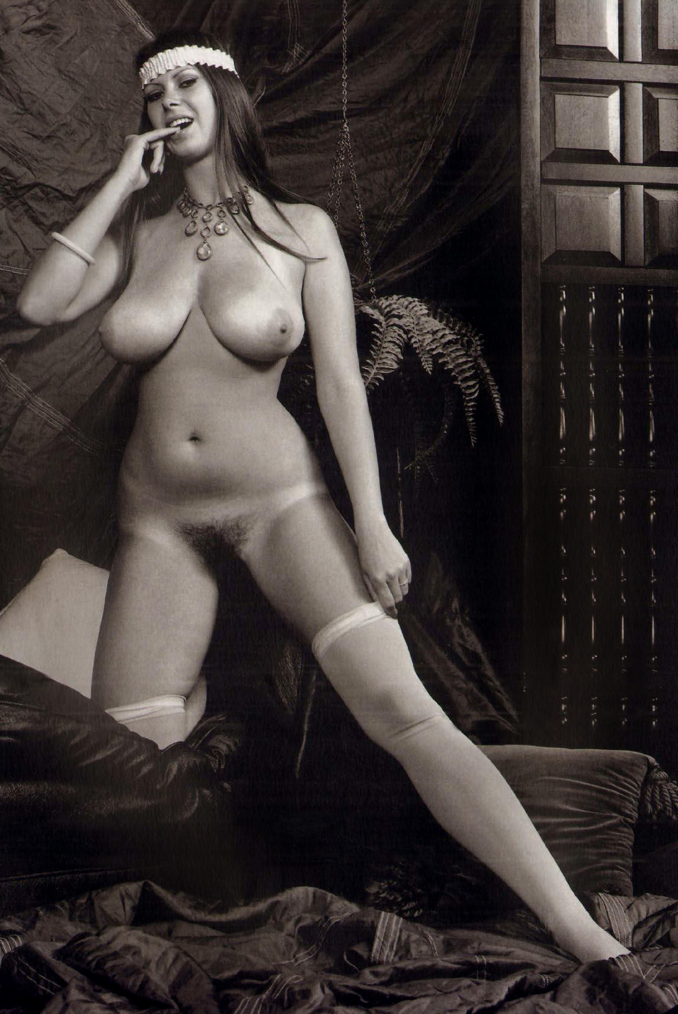 Uncensored miley cyrus nude pics