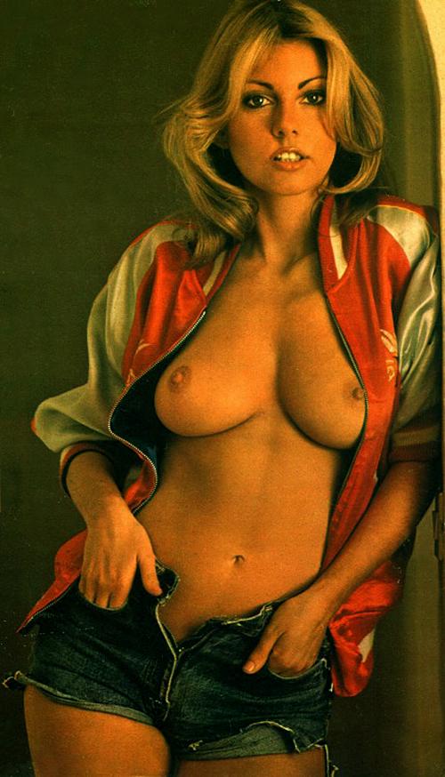 01 Gillian Duxbury aka Billie Deane, March 1972.jpg