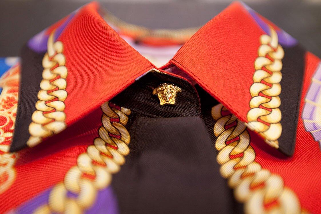 Versace-Vintage-Limited-Printed-Silk-Shirts-Detail-Versace.jpg