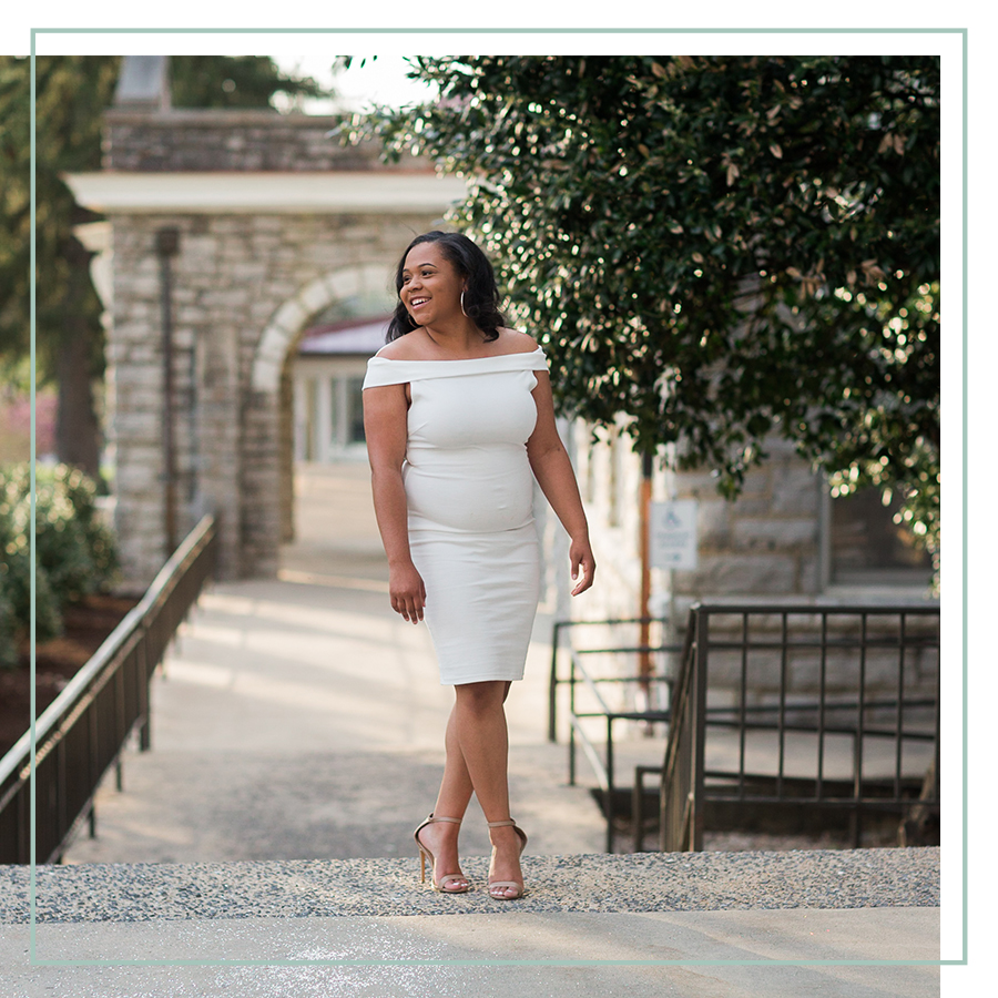 Grads - Graduating soon? Click here for more about my grad sessions!