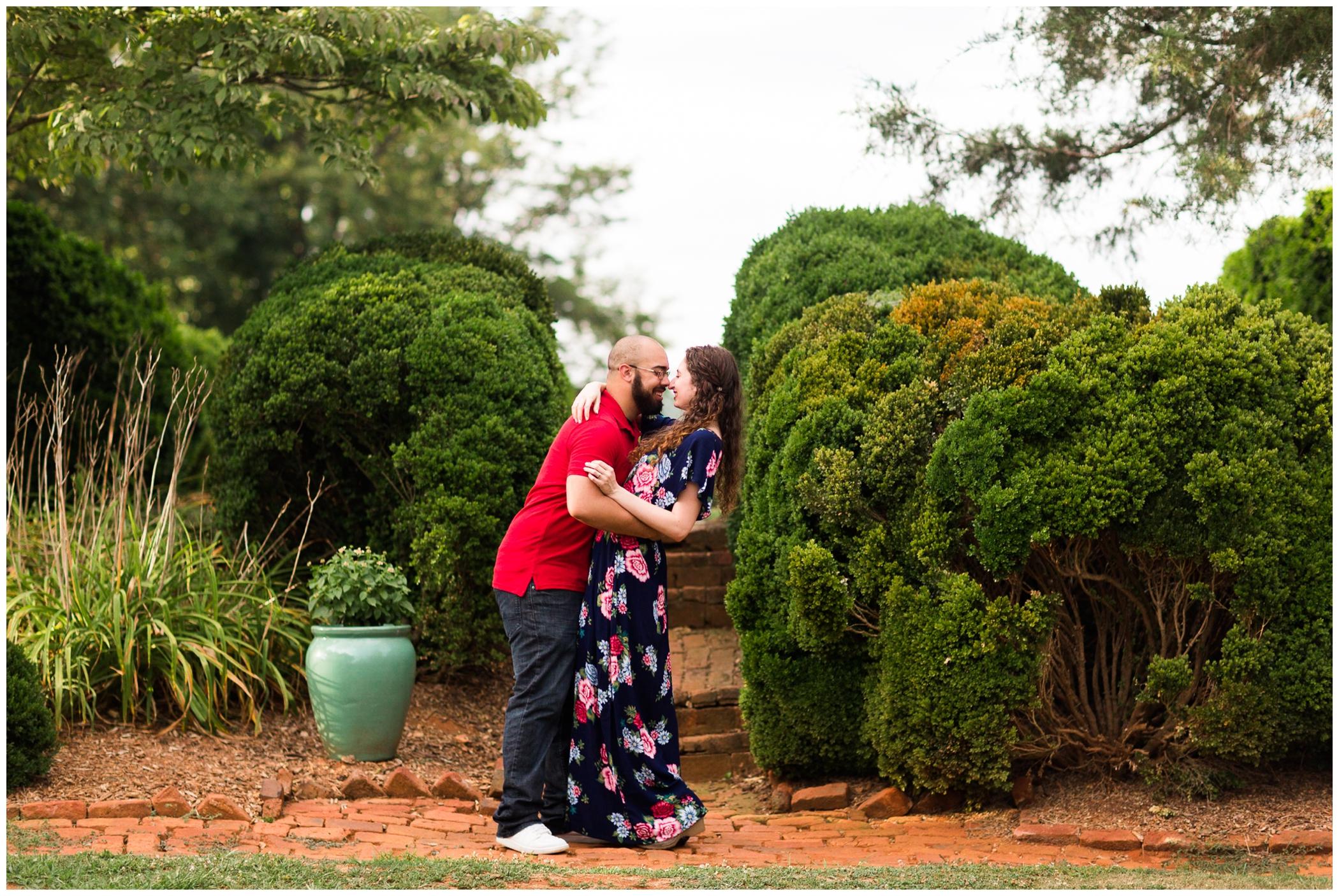 Summer engagement session at James Monroe's Highland with Virginia wedding photographer Hannah Joy