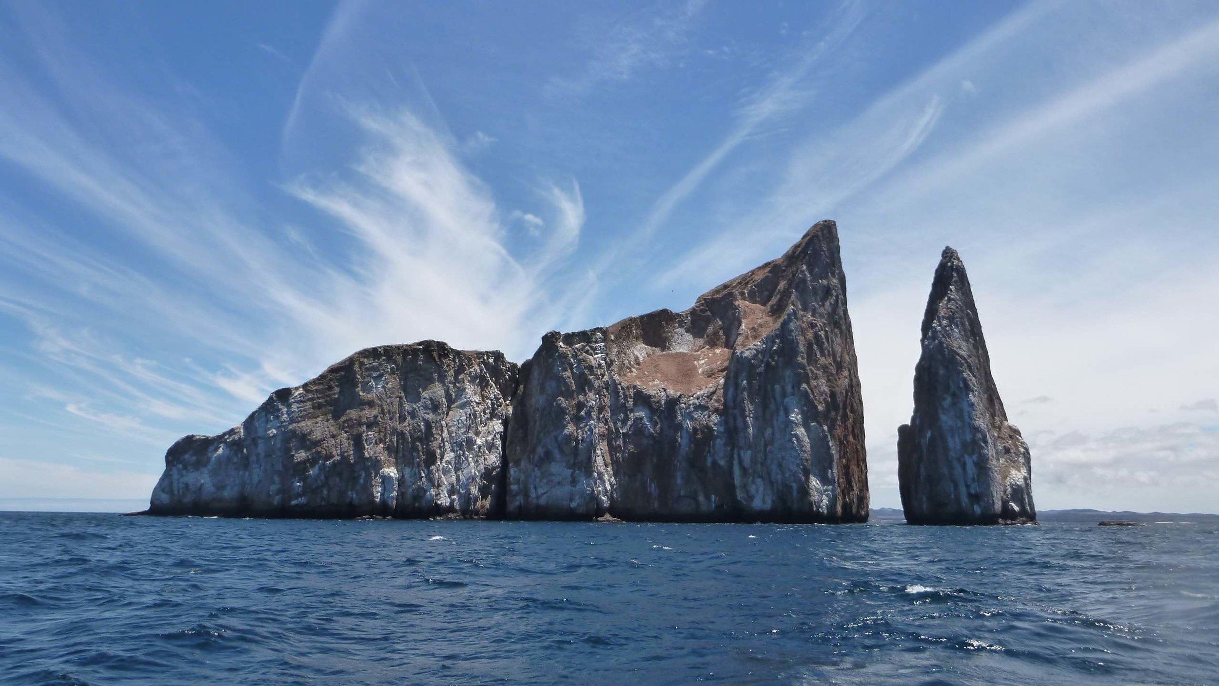 Leon Dormido rocks - Galapagos