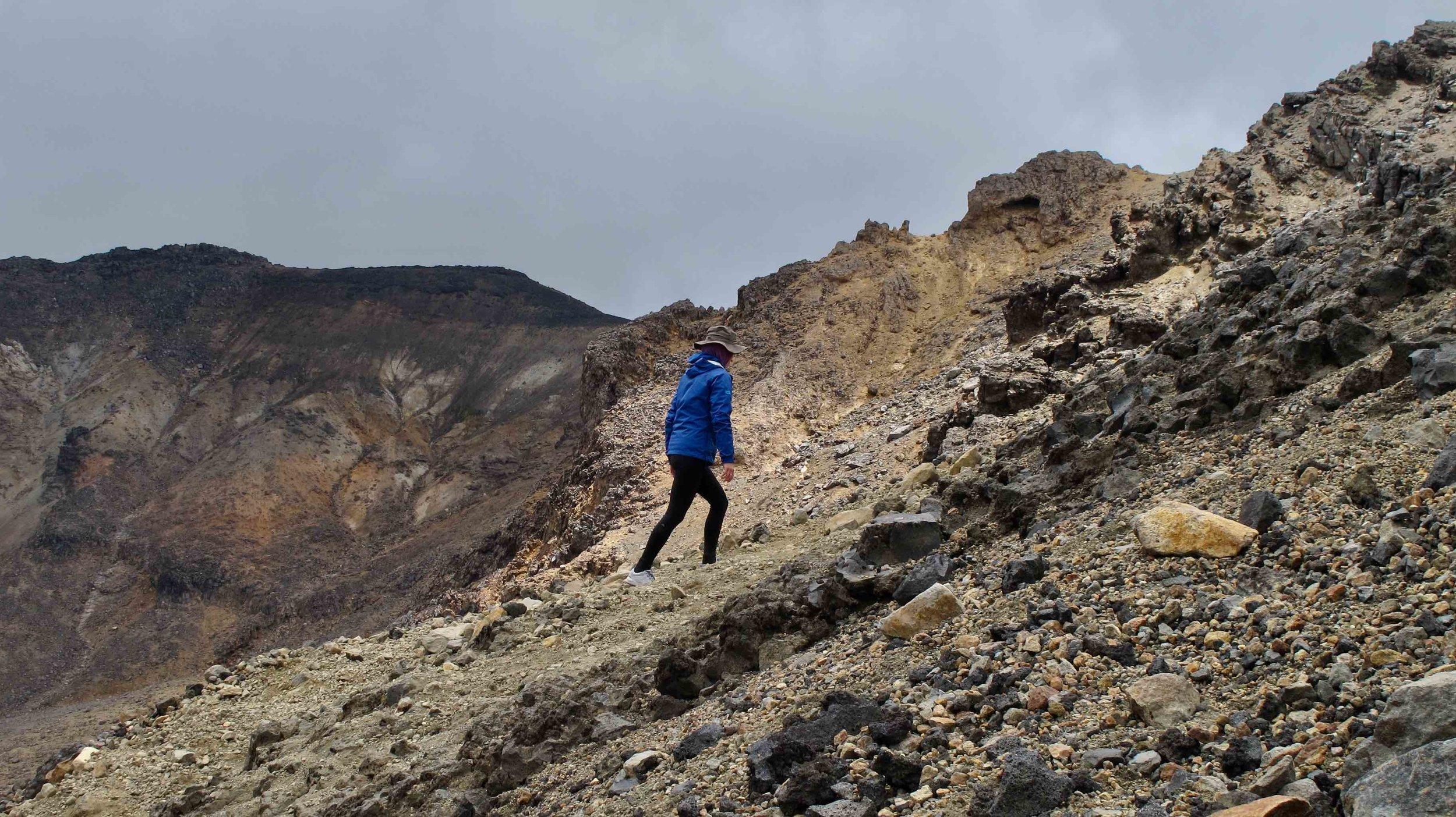 New Zealand Tongariro Alpine Crossing.jpg