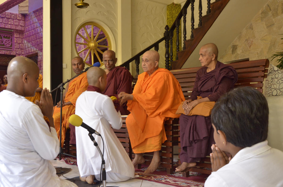 Bhikkhuni Kusuma, Responsible for reviving the lineage of womens ordination in Sri Lanka