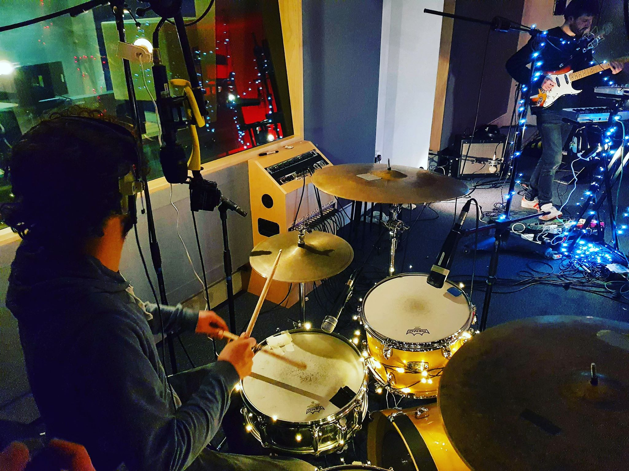 Camera + Ambisonic mic on drums