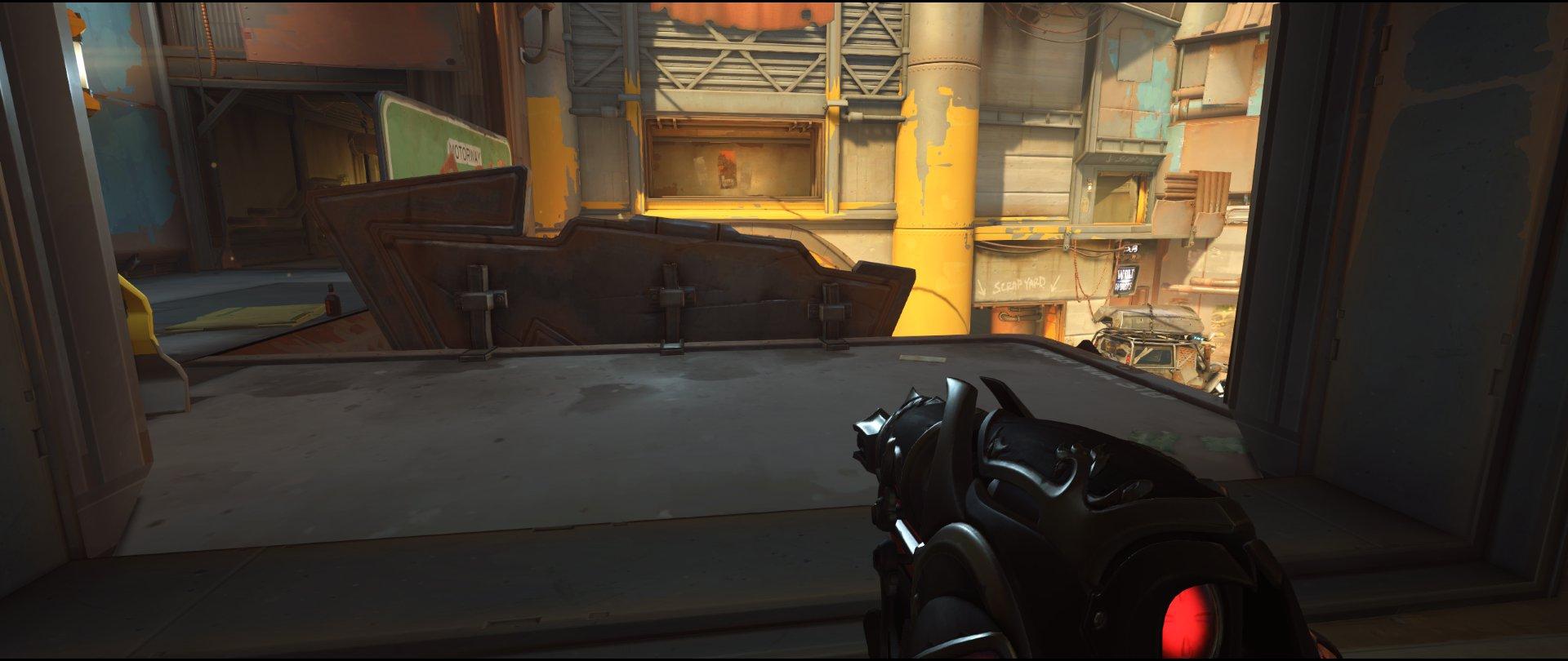 Ledge attack Widowmaker sniping spot Junkertown.jpg