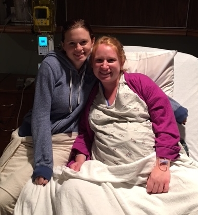doula in knoxville with birth client in hospital