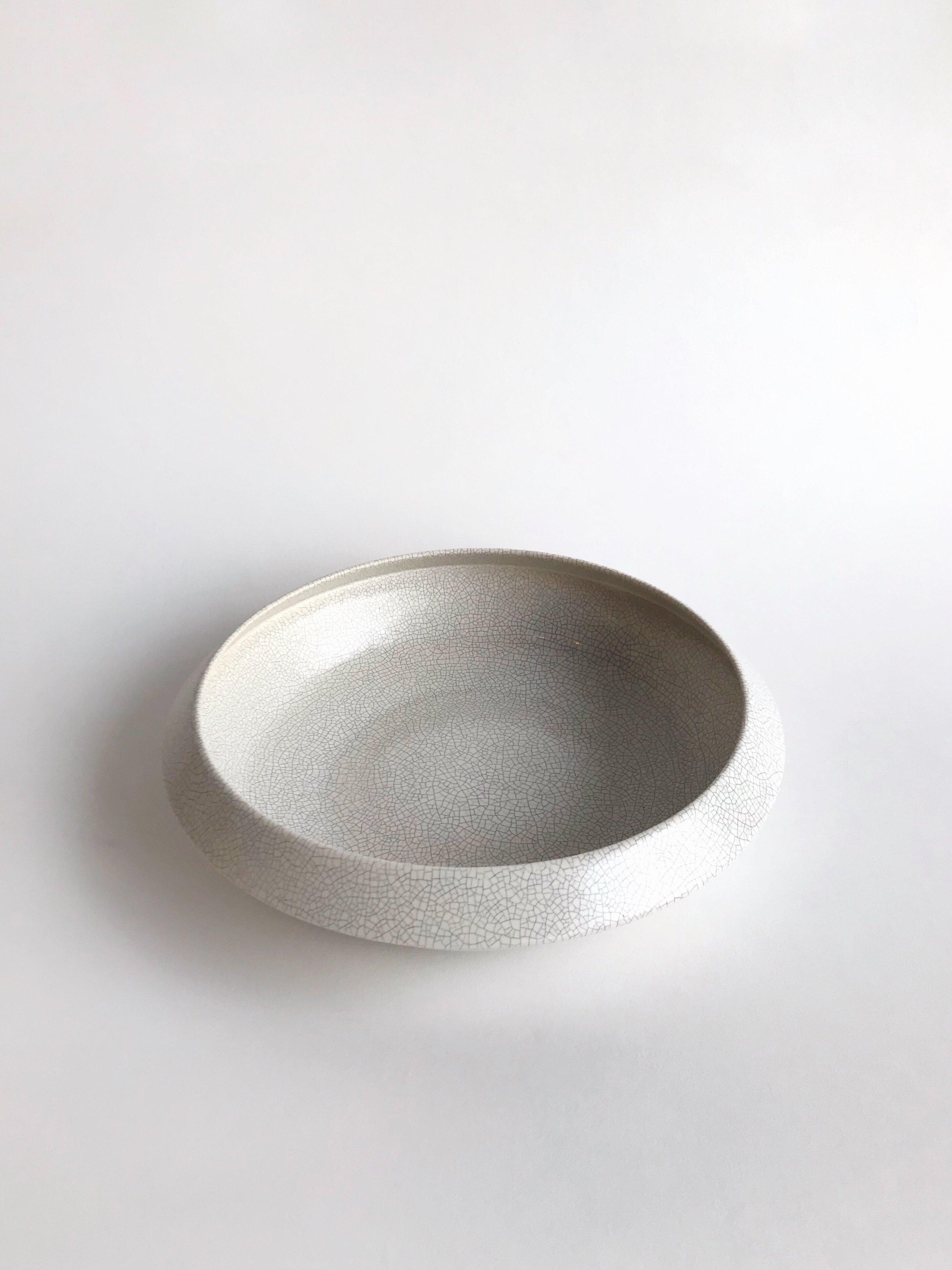 Sorrento white crackle 2.JPG