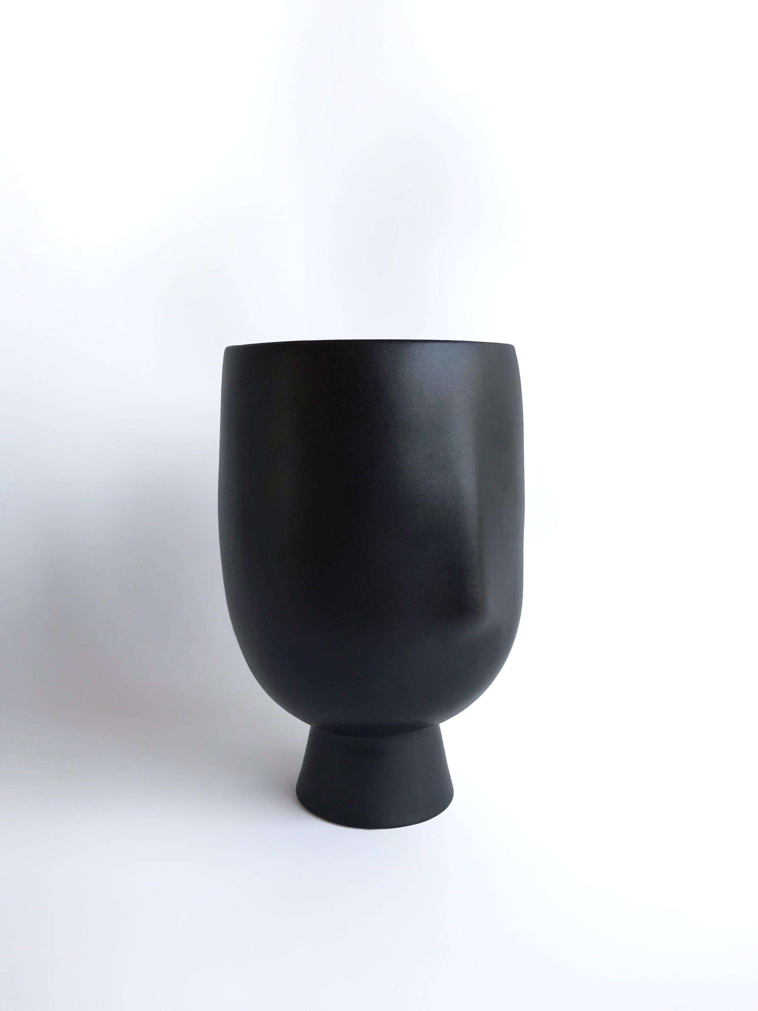 Asti black 1.jpg