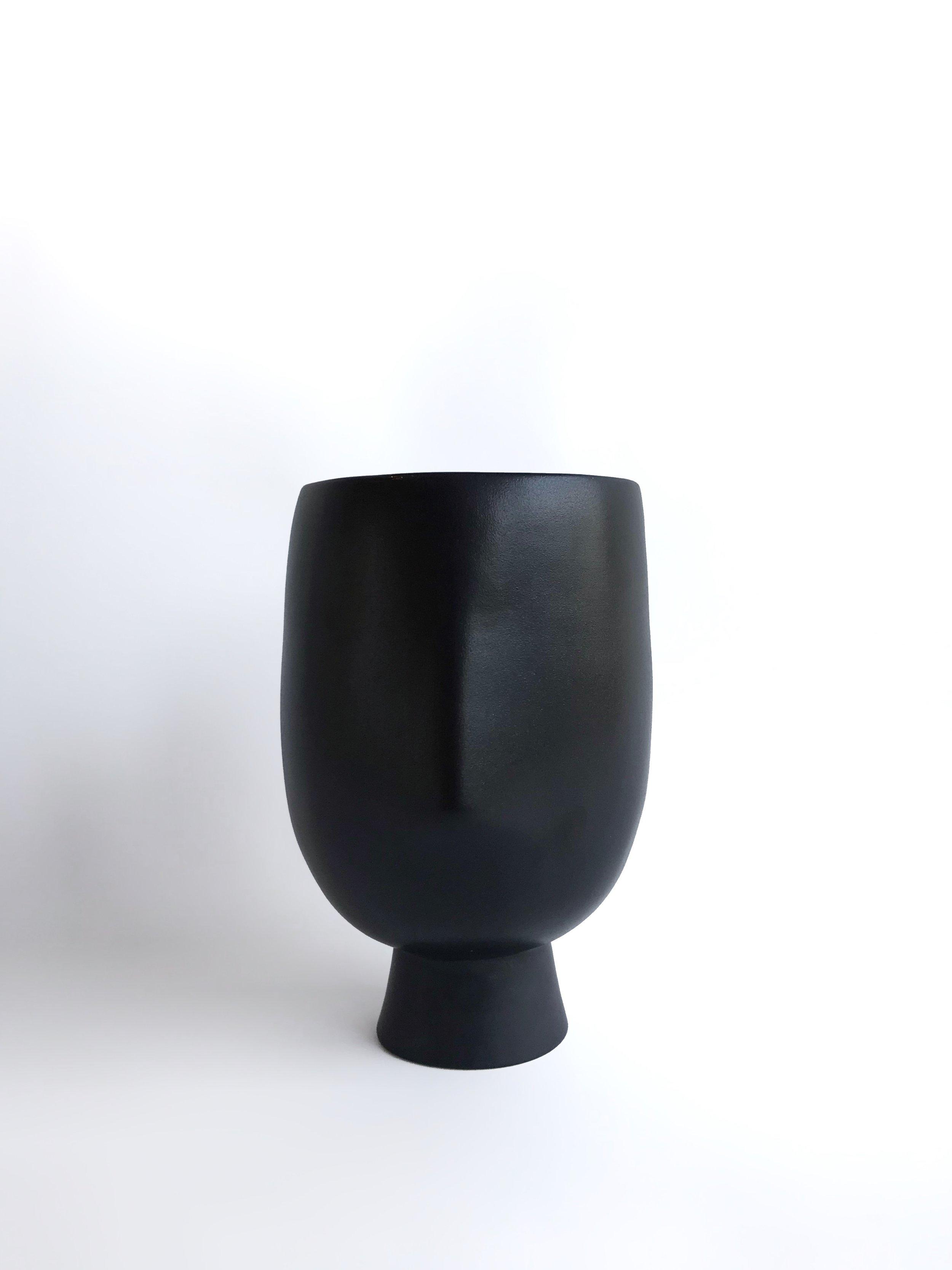 Asti black 2.jpg