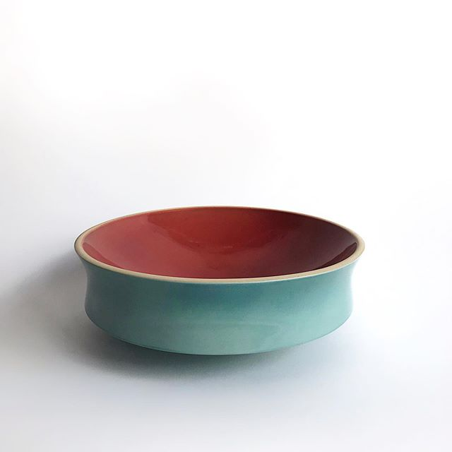 Padova Bowl with a vibrant teal exterior and dark coral interior #mirimaraceramics #carpinteria #california #availableonline #handmade #slipcasting #ceramicart #ceramicbowl #padova #italianceramics #madeincalifornia #interiordesign