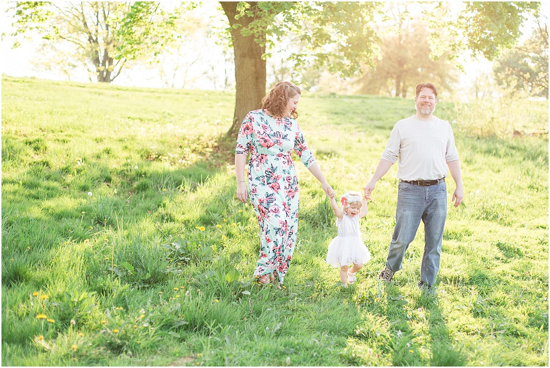 Steubenville Ohio Pink Flower Family_0051.jpg