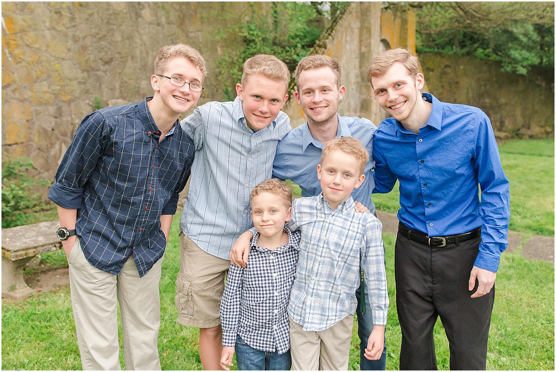 Steubenville Ohio Rainy Day Family Session Photos_0855.jpg