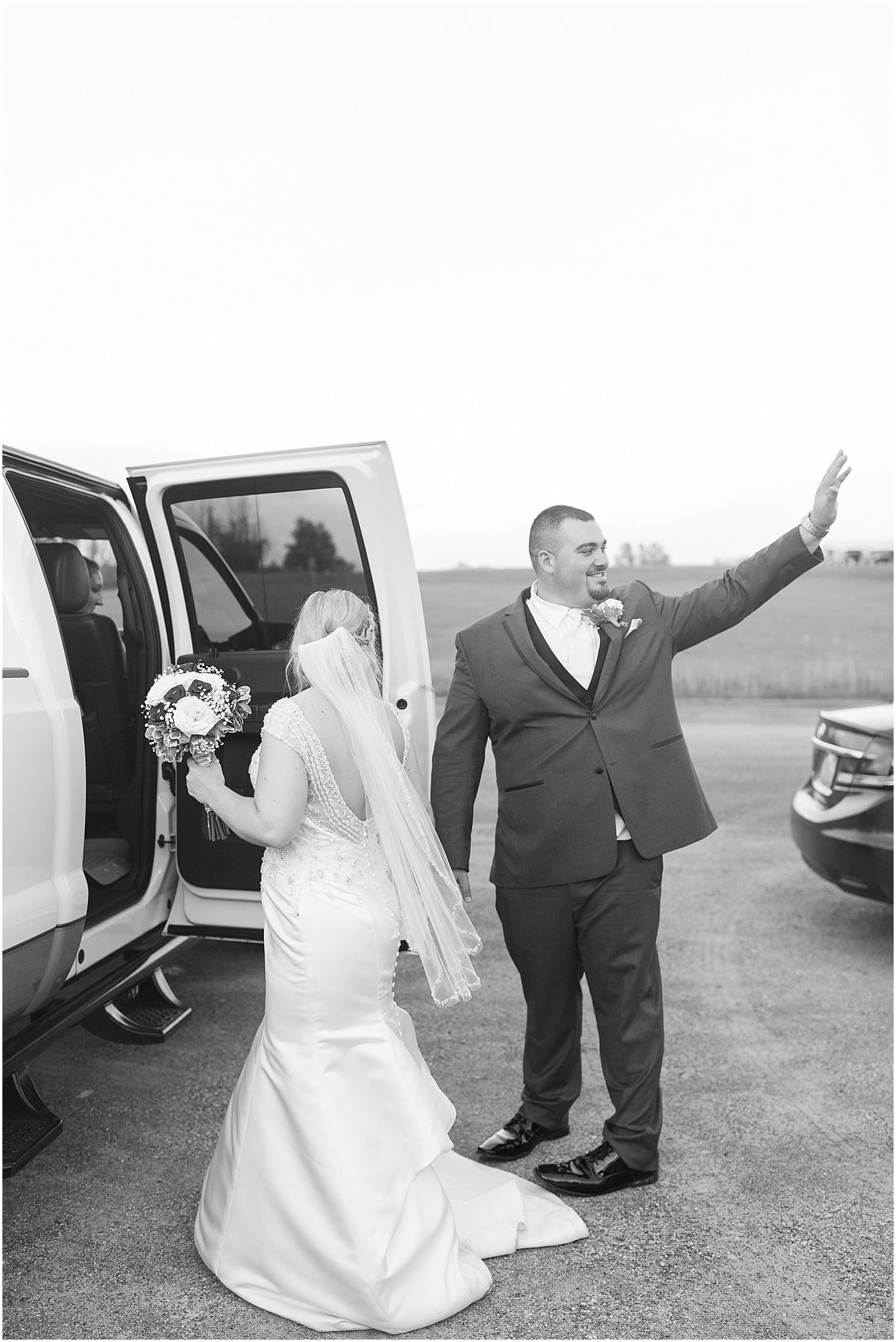 Toronto Ohio Hopedale Firehall Wedding Photos_1106.jpg