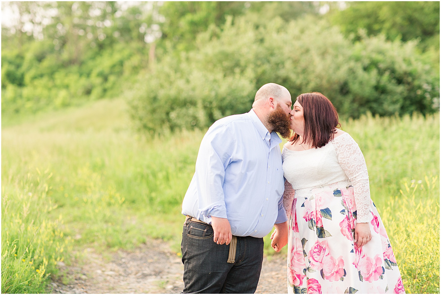 Friendship Park Engagment Session Smithfield Ohio_1236.jpg