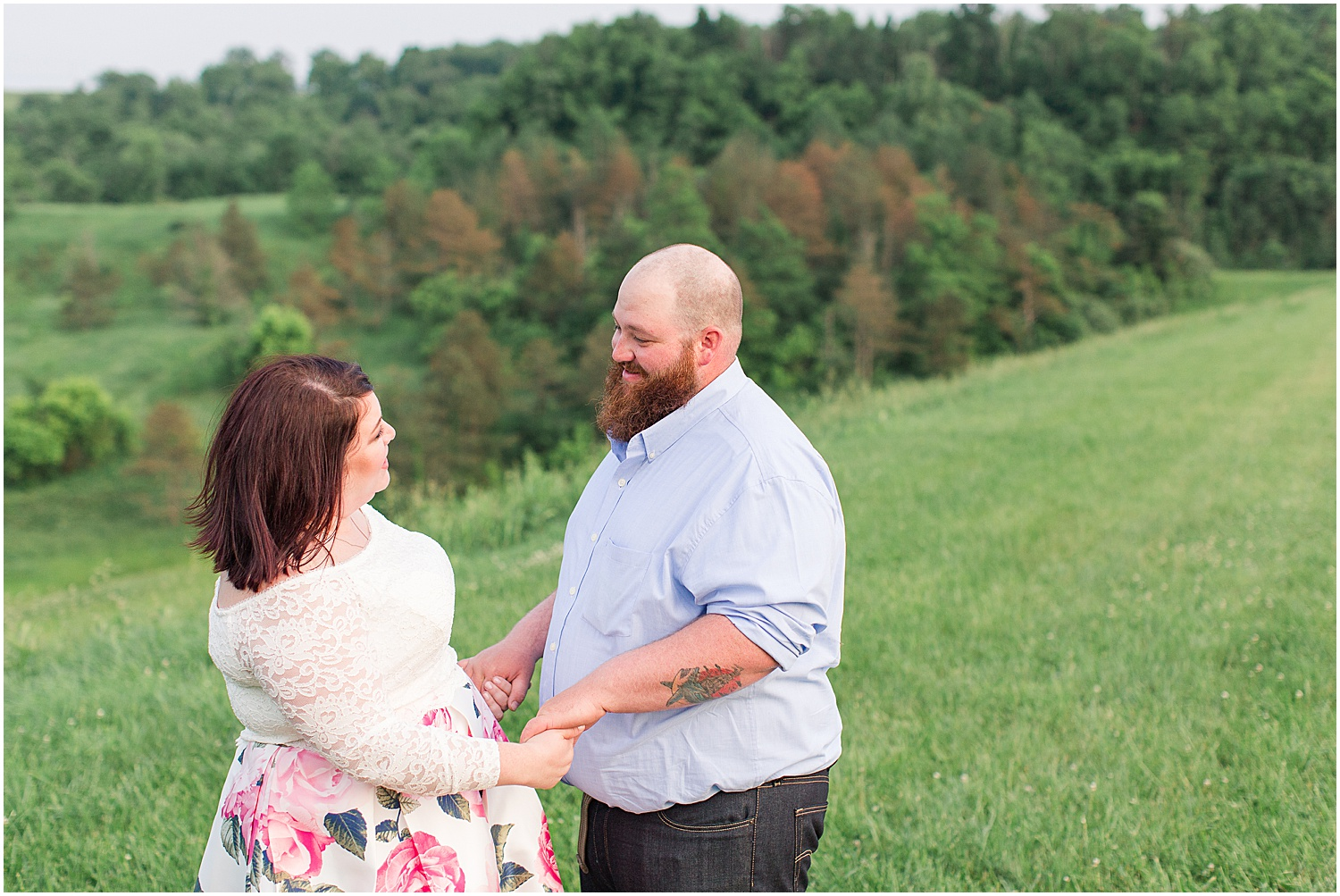 Friendship Park Engagment Session Smithfield Ohio_1232.jpg
