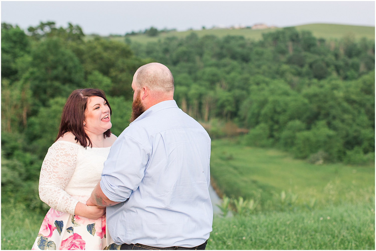 Friendship Park Engagment Session Smithfield Ohio_1230.jpg