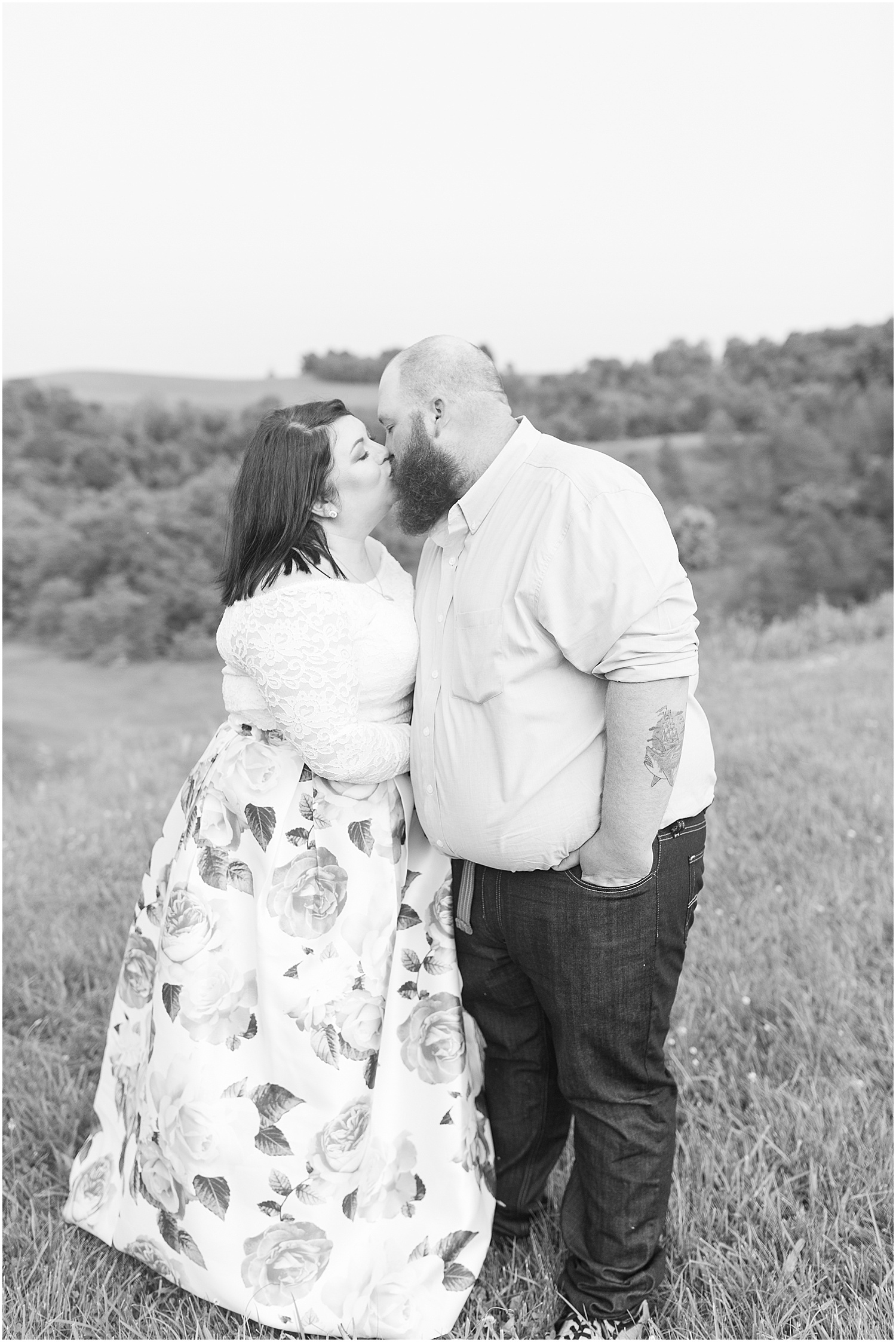 Friendship Park Engagment Session Smithfield Ohio_1241.jpg