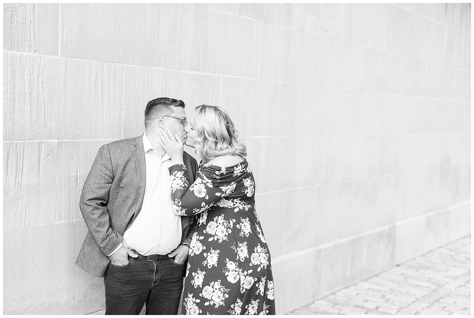 Point State Park North Shore Pittsburgh Engagement Photos_0149.jpg