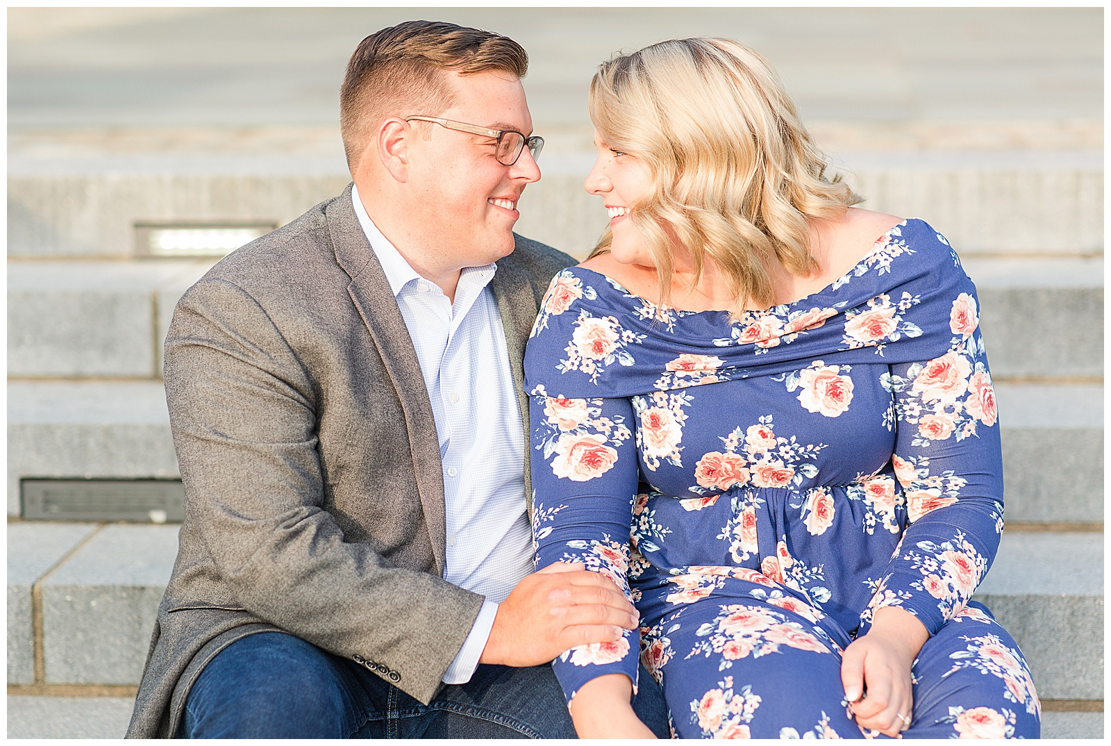 Point State Park North Shore Pittsburgh Engagement Photos_0153.jpg