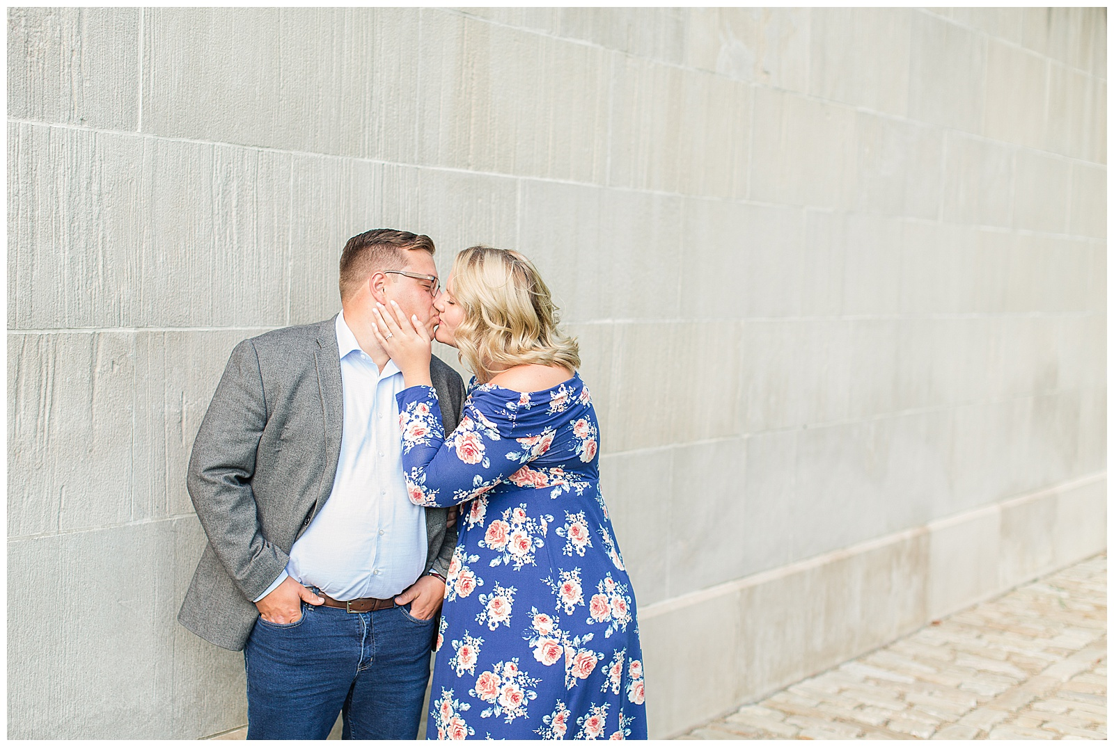 Point State Park North Shore Pittsburgh Engagement Photos_0143.jpg