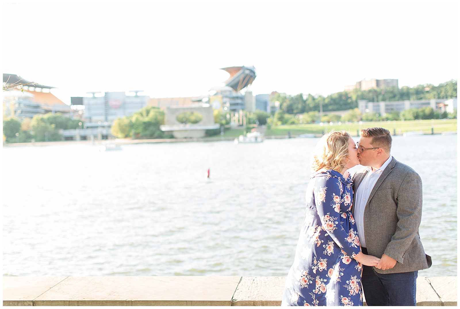 Point State Park North Shore Pittsburgh Engagement Photos_0154.jpg