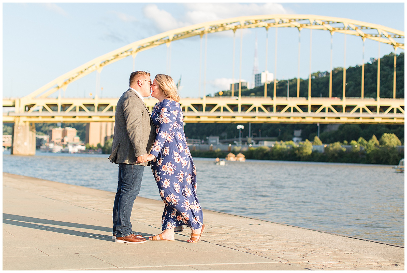 Point State Park North Shore Pittsburgh Engagement Photos_0162.jpg