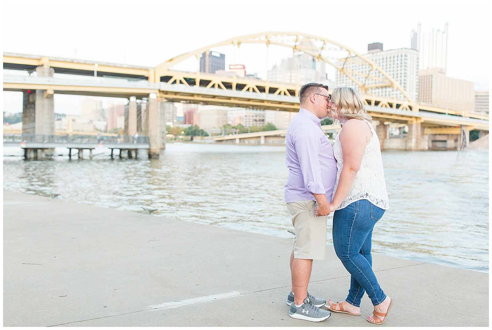 Point State Park North Shore Pittsburgh Engagement Photos_0190.jpg