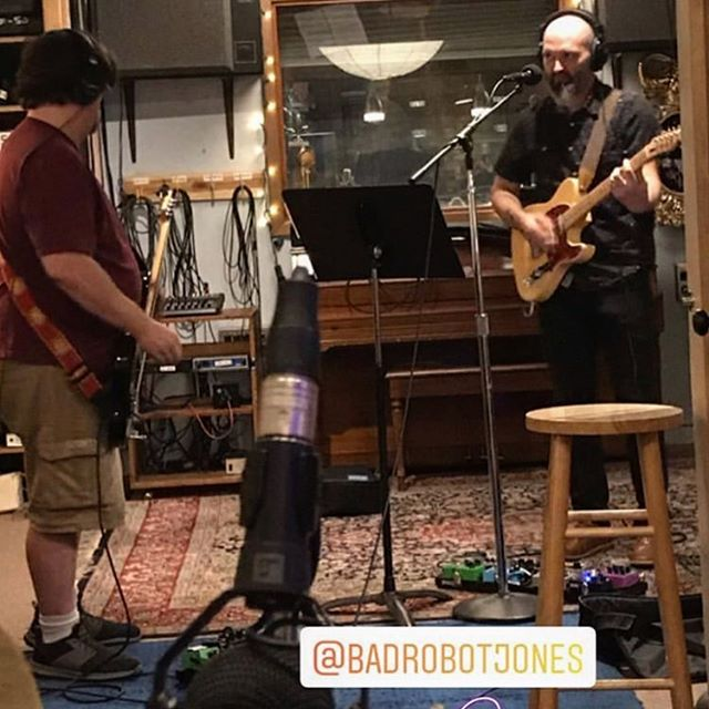 We did write this, didn't we? What part of the song are we in? #recordingdayproblems #musicianproblems #therobotsatwork #innerearstudio #dcrocks #badrobotjones