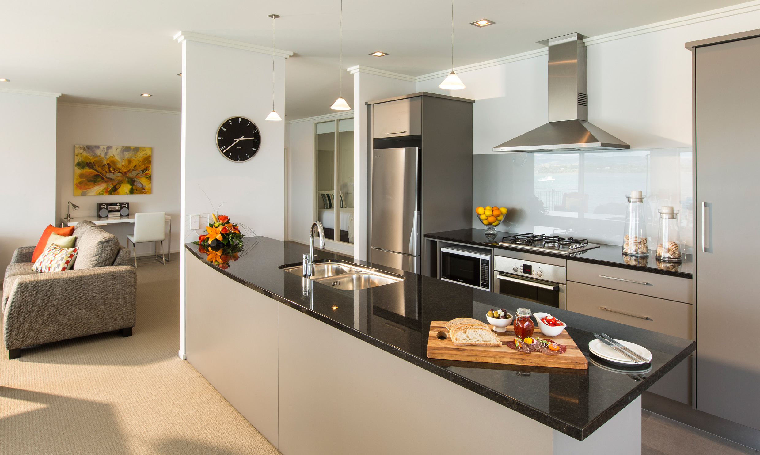 Trinity Wharf Tauranga Accommodation_Harbour View Three Bedroom Apartment_kitchen032.jpg