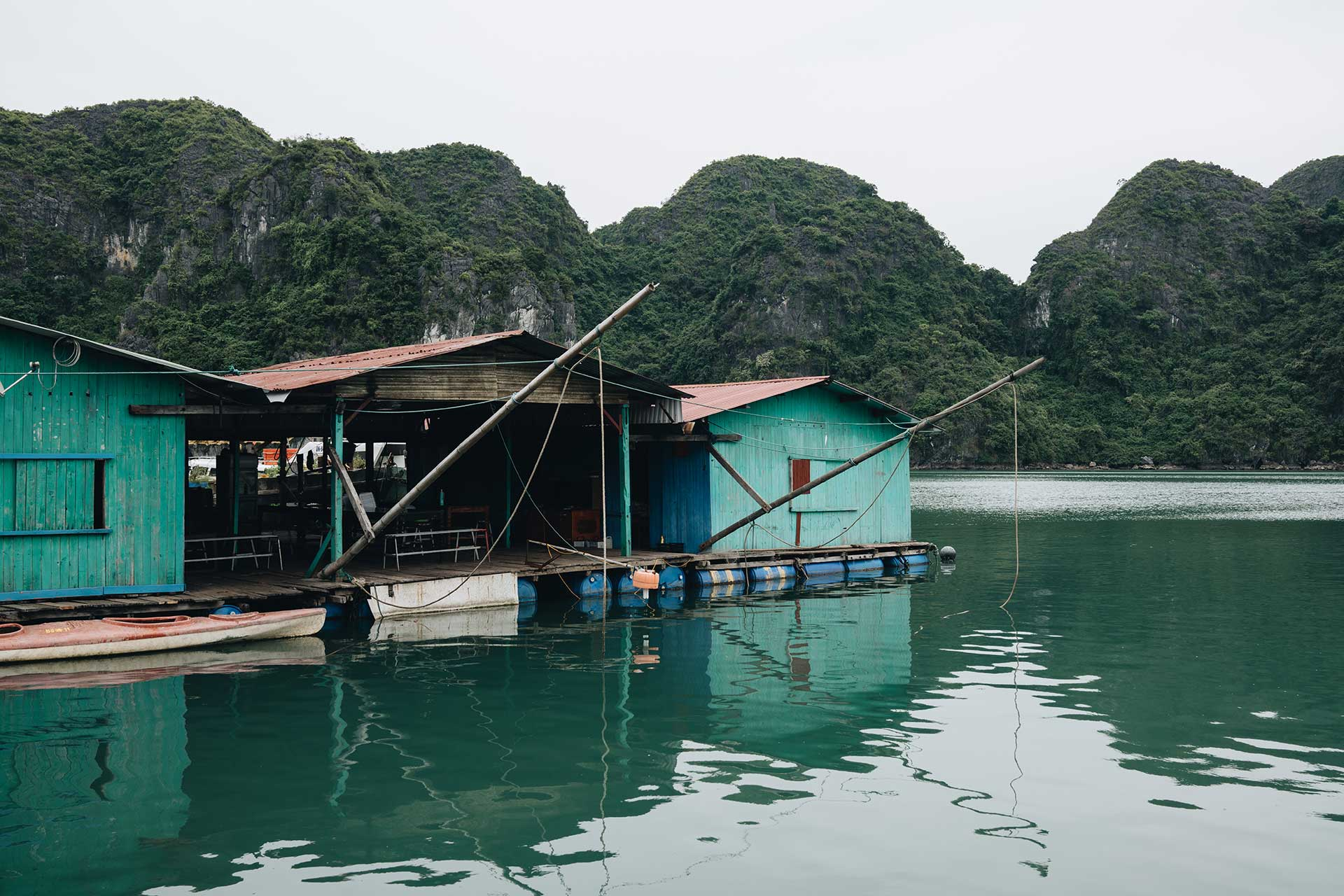 Ha Long Pearl Museum - You'll learn all about pearls and oysters at this combo farm / museum. At the end of the tour, you'll get a chance to check out their jewelry store.