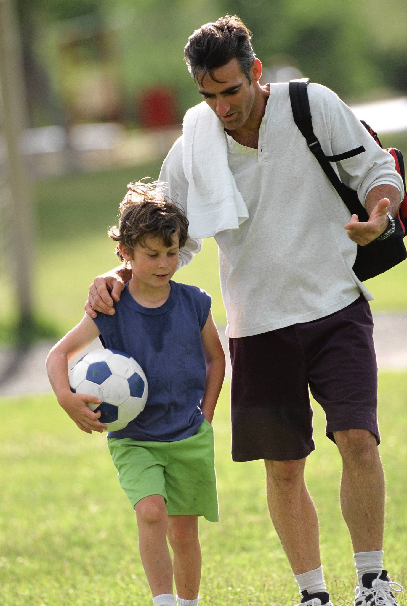 sc-fam-0416-parenthood-sports-critic-20130417.jpg
