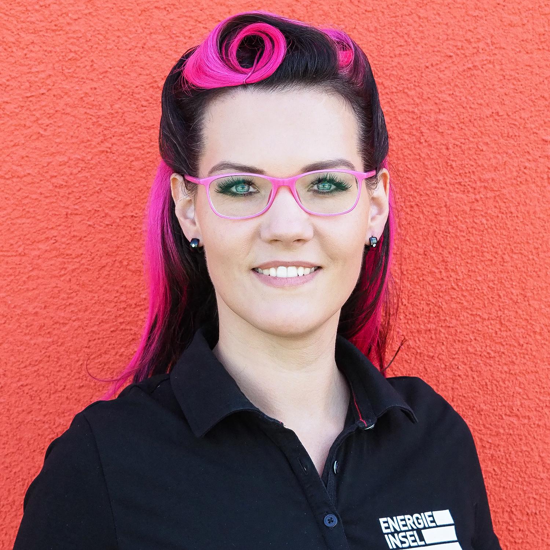 Olivia Flett  — Assistentin der Geschäftsführung