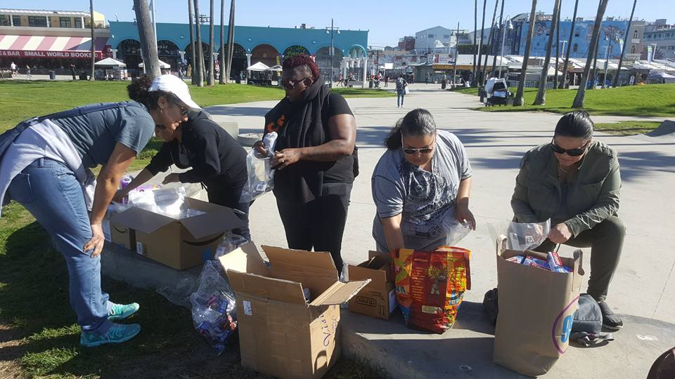Care Bag Giveaway - On February 12, 2017, our members got together to pass out 100 care packages to the homeless men and women at Venice Beach. Puerto Ricans In Action values includes service to our community.
