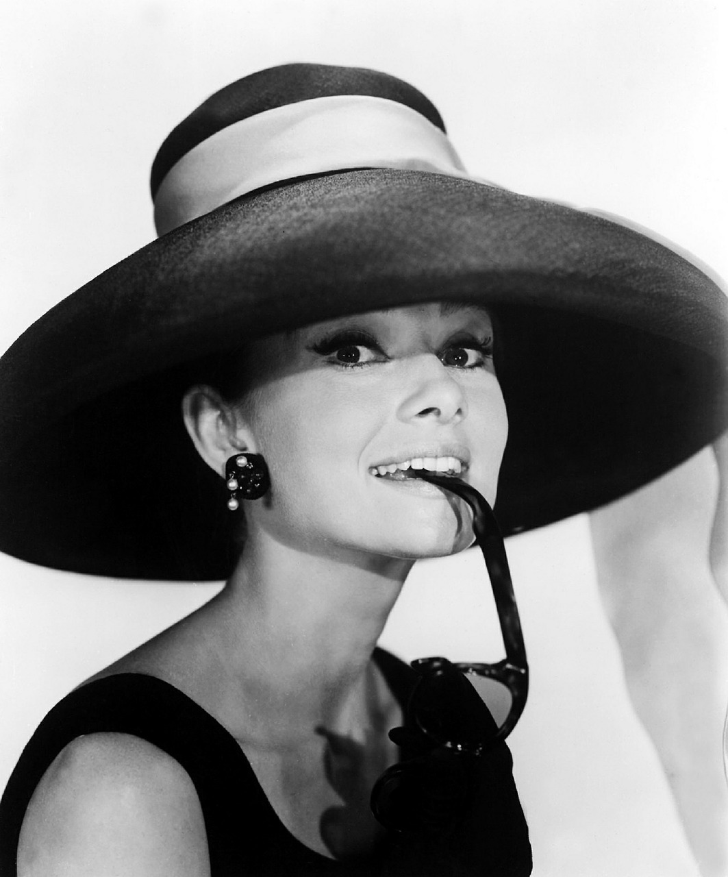 audrey hepburn, the belgian actress who starred  breakfast at tiffany's