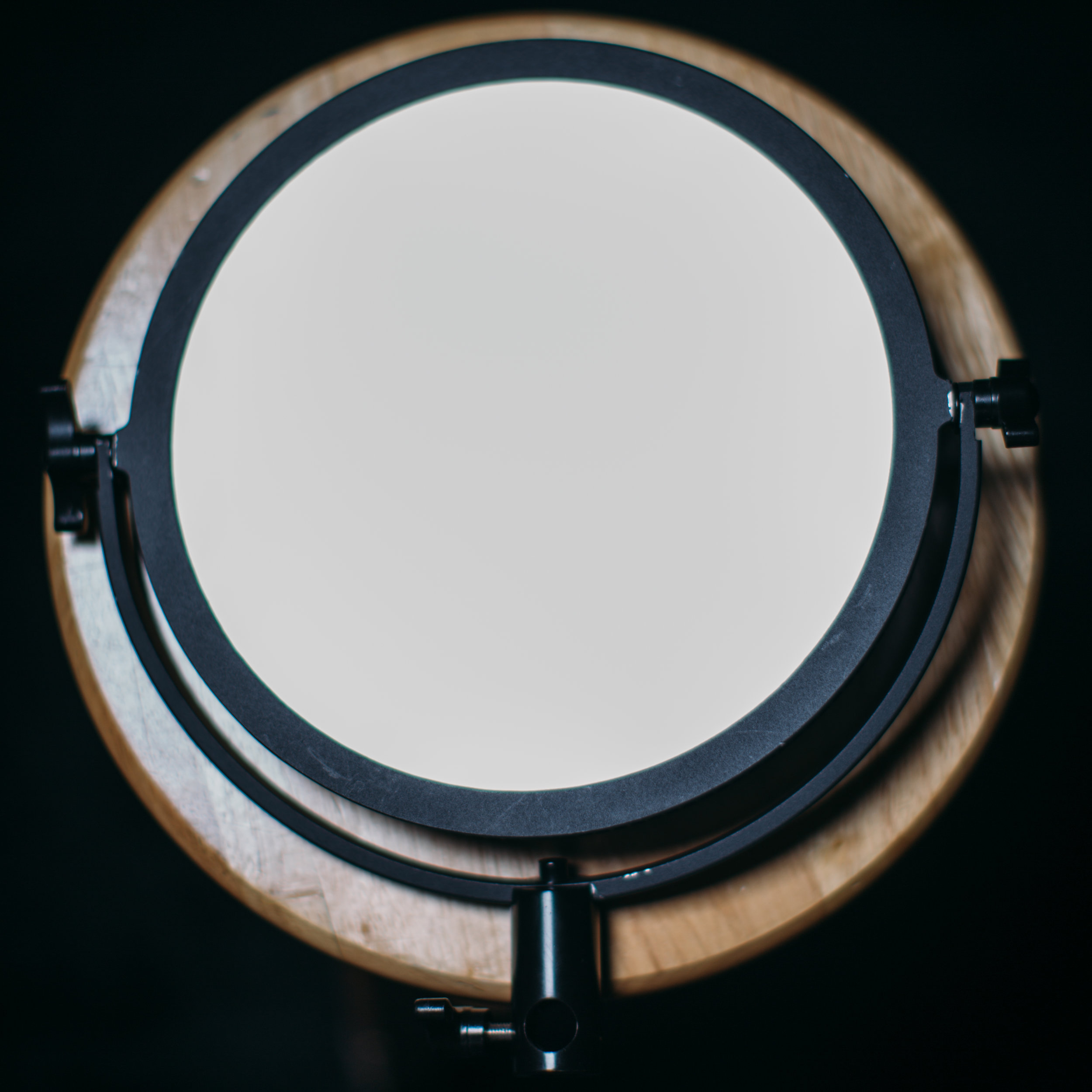 """fotodiox flapjack on table 10"""" 10 inch battery powered light diffused"""