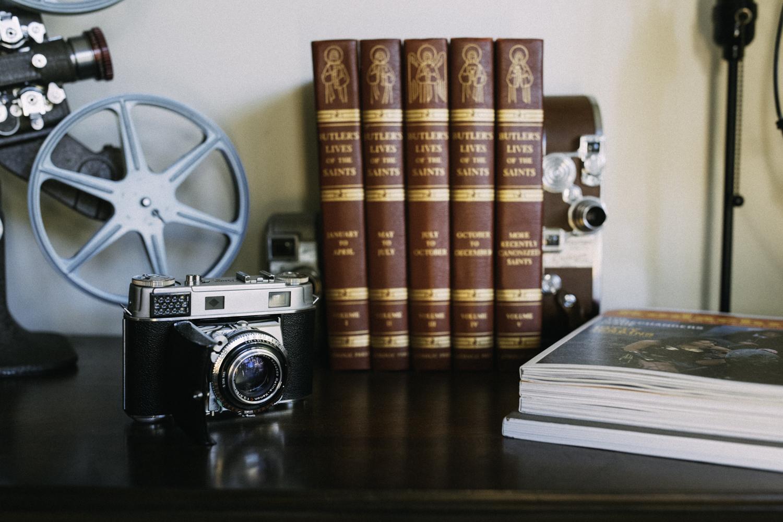 I love chrome on cameras. Just makes them shine!