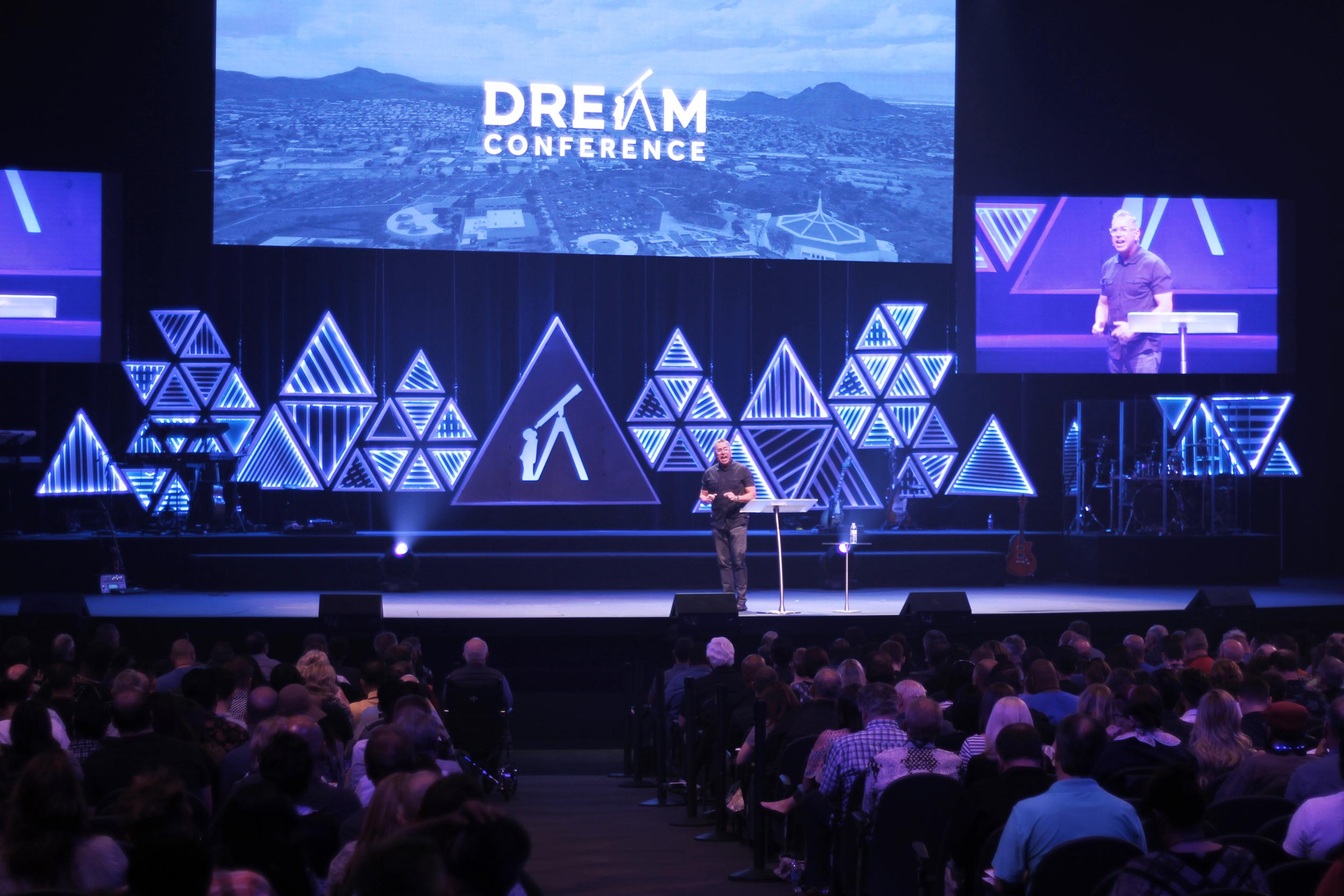Dream Conference stage design