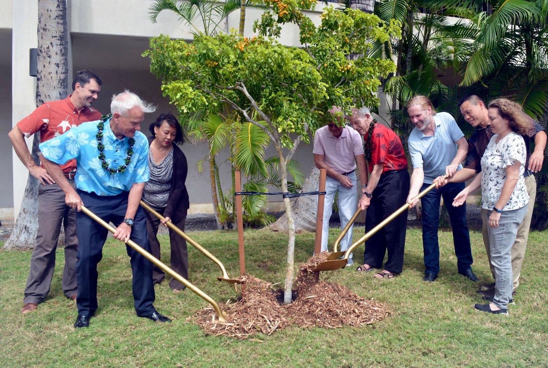 mayor tree canopy commitment.jpg