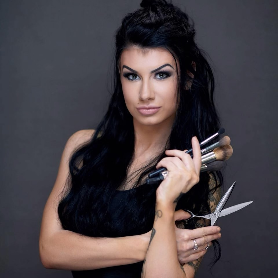 Meet Abbi - Owner of Vanity Noir, Licensed Cosmetologist, Educator, Master Stylist