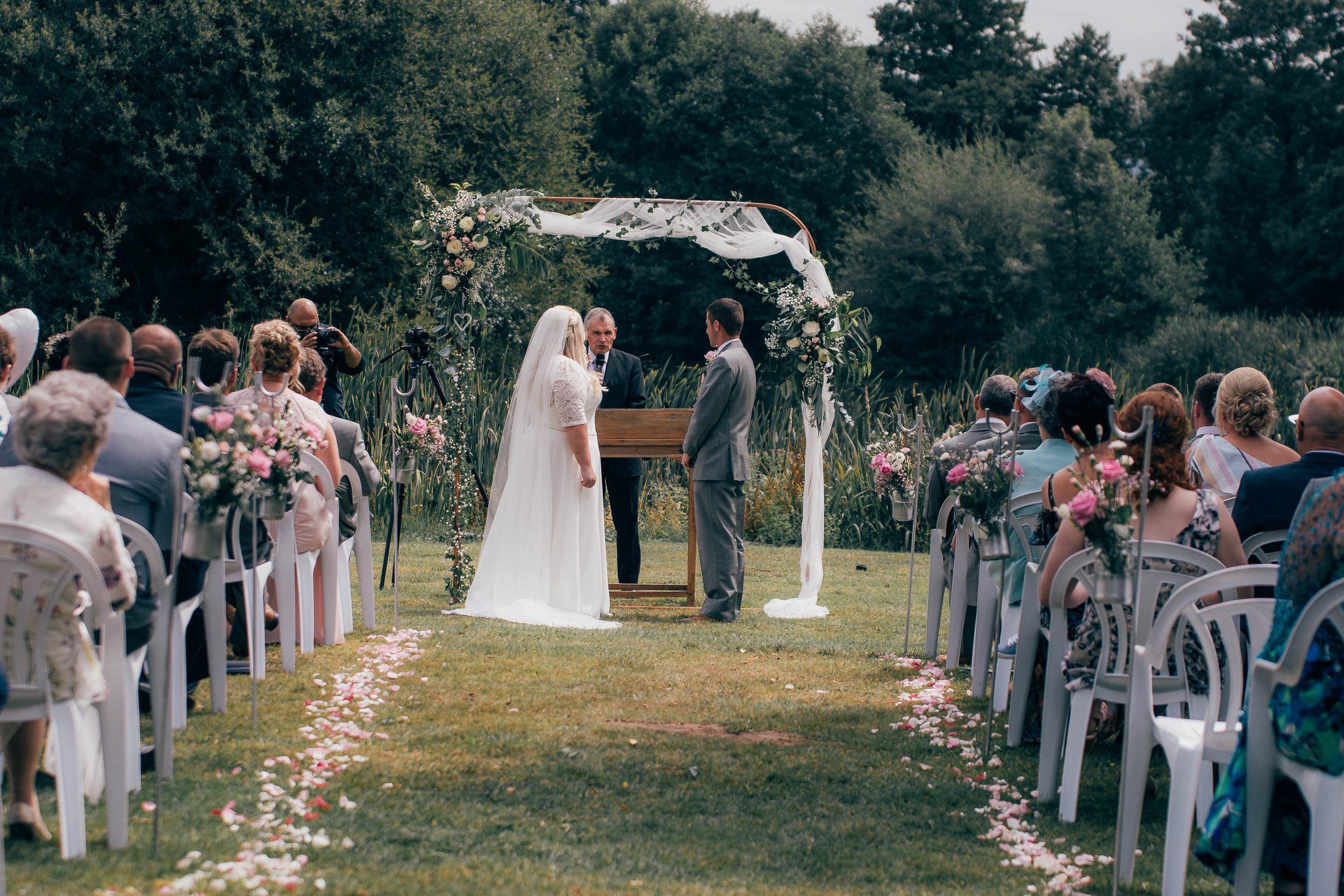 Outdoor Woodland Wedding @Netleyhall Estate