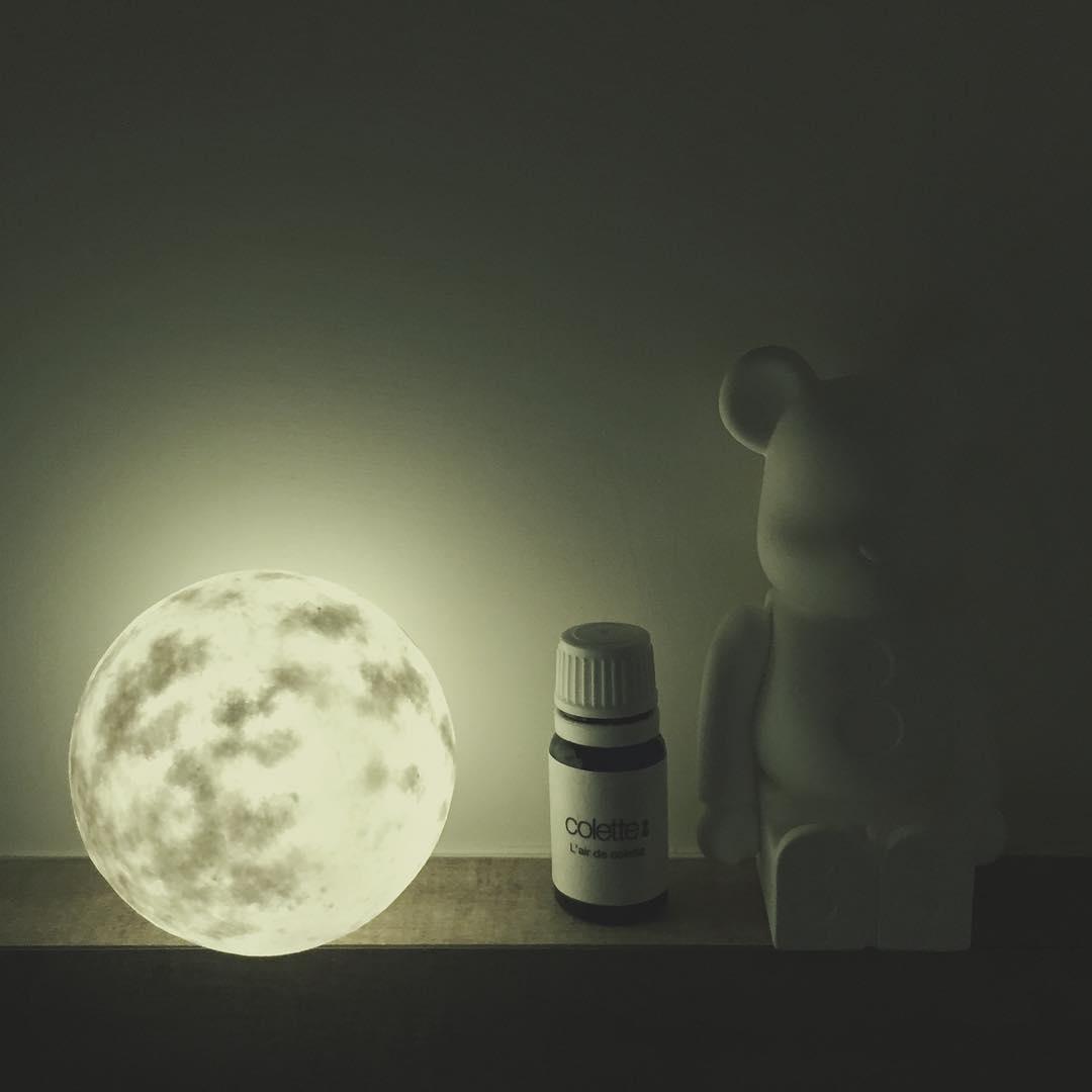 #lunalamp #月球燈luna #月亮燈#acornartstudio  photo by @ununliving