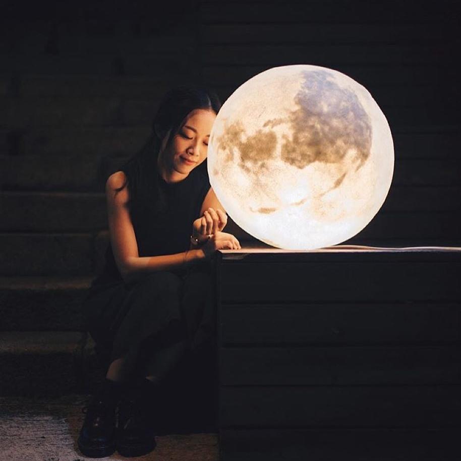 #lunalamp#月球燈luna #月亮燈#acornartstudio  photo by @lielaine