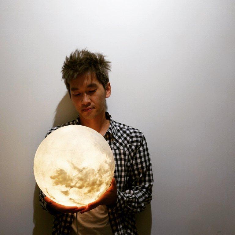 #lunalamp #月球燈luna #月亮燈#acornartstudio  photo by @jimyan