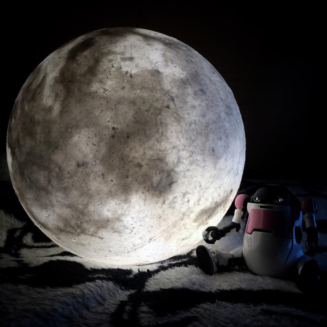 #lunalamp#月球燈luna #月亮燈#acornartstudio  photo by @andyklwong