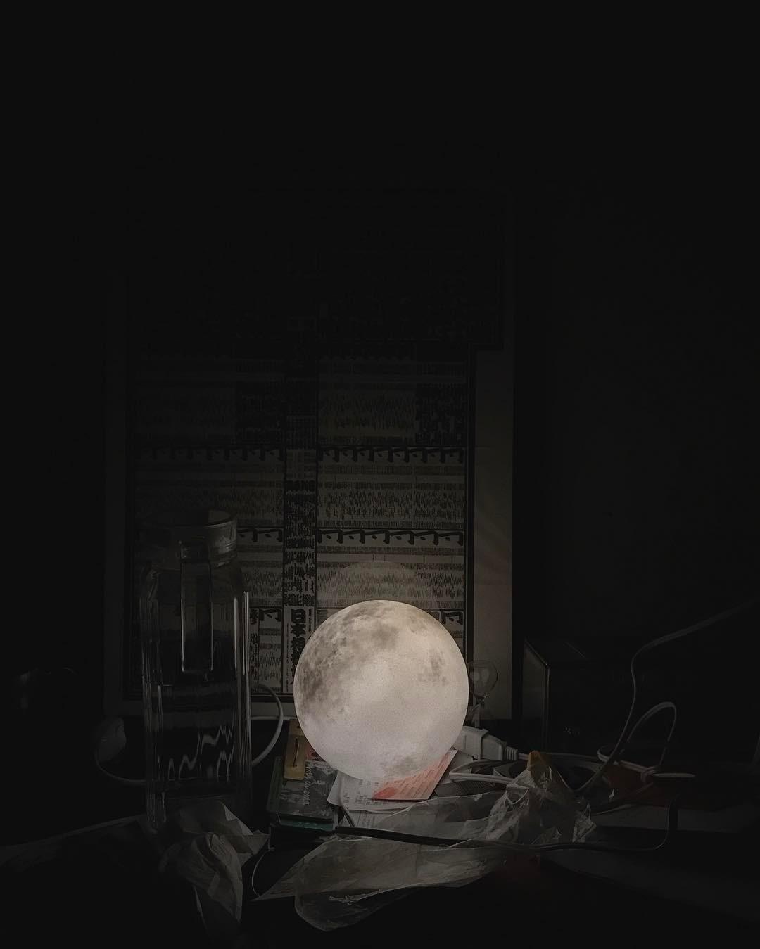 #lunalamp#月球燈luna #月亮燈#acornartstudio  photo by @liwingyannn