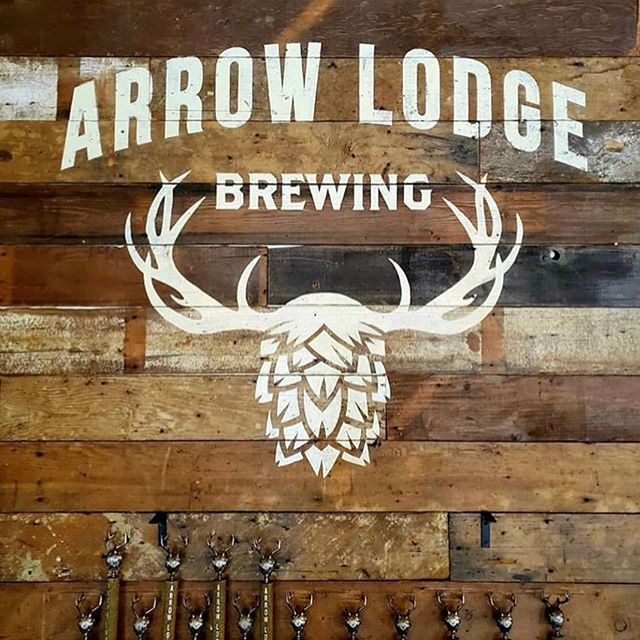 We'll be at @arrowlodgebrew tonight from 6pm-11:30pm. We will be serving up our delicious ribs and pupusas. Best in town!! Don't miss out!! . . . . . . #babycomebackribsandpupusas #arrowlodgebrewing #greatcraftbeer #deliciousfood #pupusassalvadoreñas #tenderjuicyribs #yummyinmytummy #covina #saturday