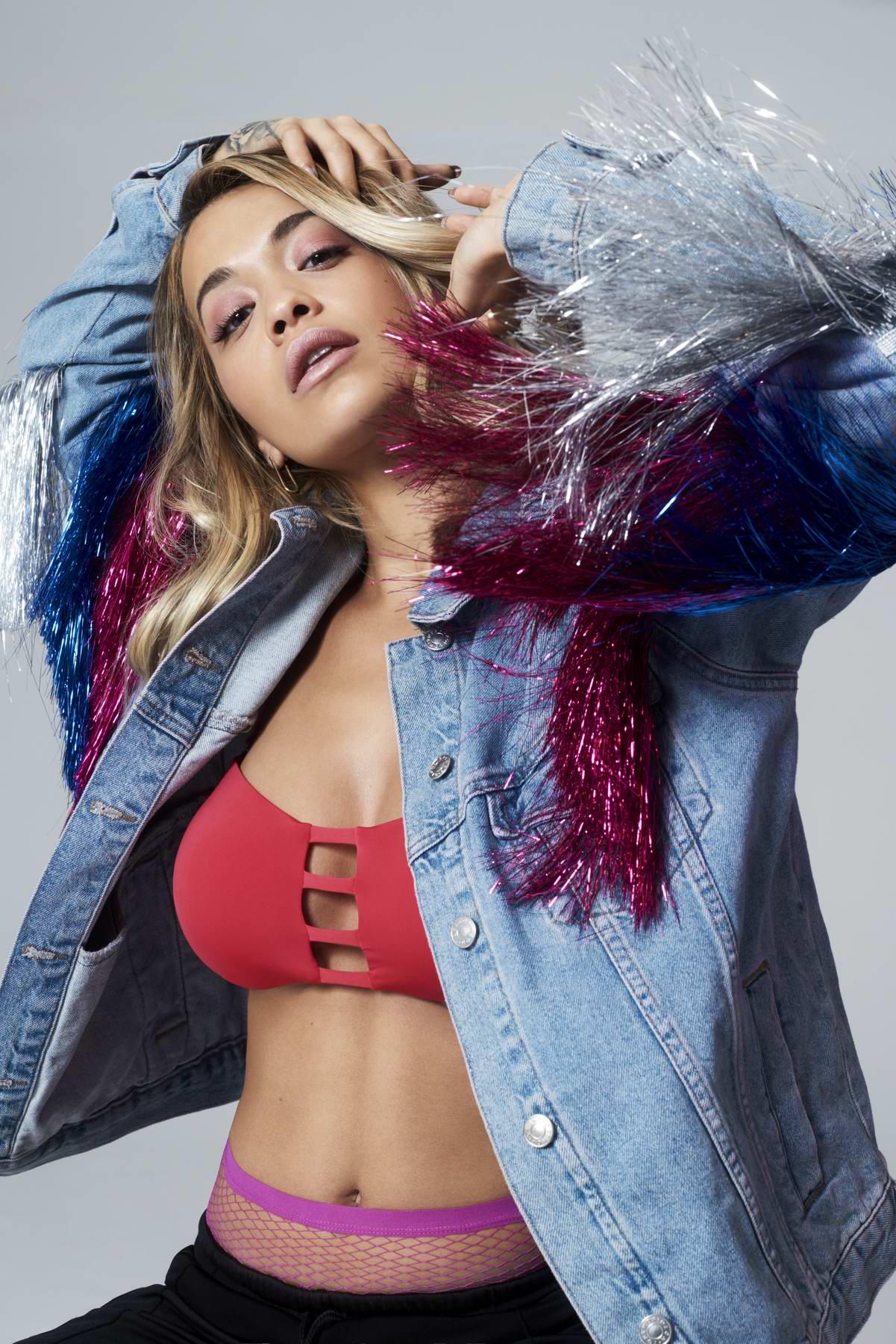 Cassie Lomas Makeup Academy Rita Ora Glamour Magazine