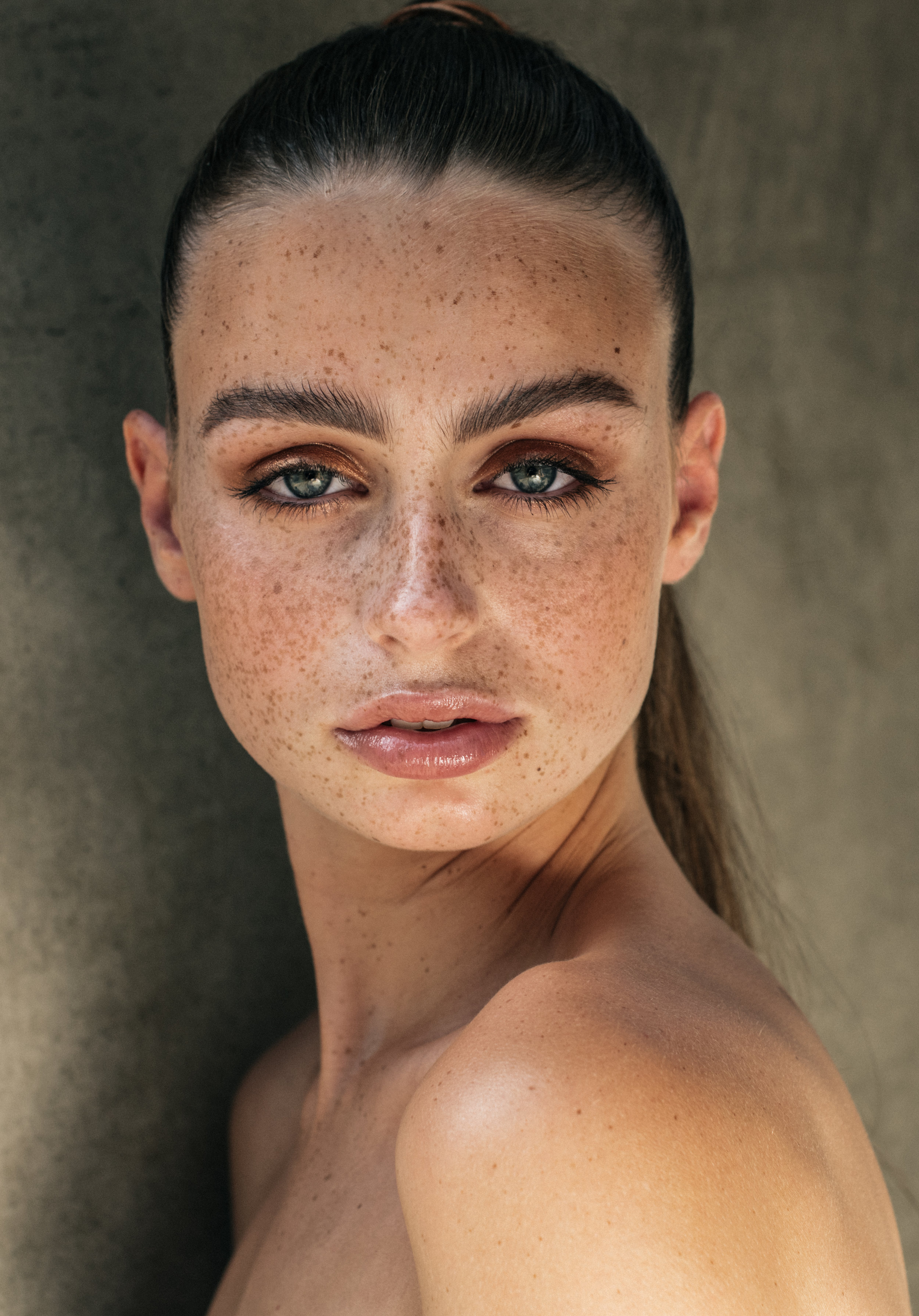 cassie lomas makeup academy final images hairstyling course 2018